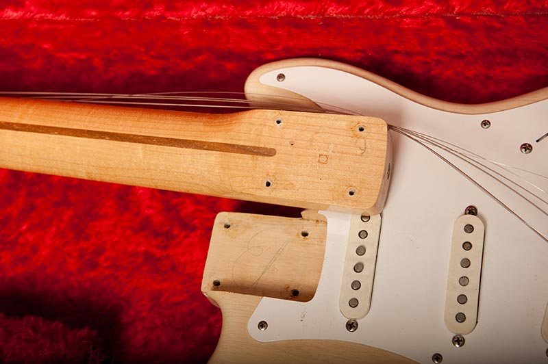 1957_Blonde_Stratocaster-neck pocket